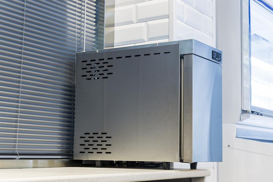 冷冻小冰箱/牛奶小冰箱